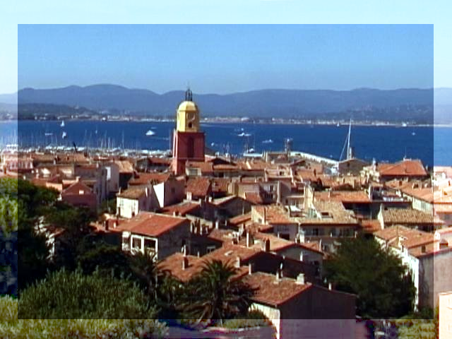 [Photo of St. Tropez with a lighter border]