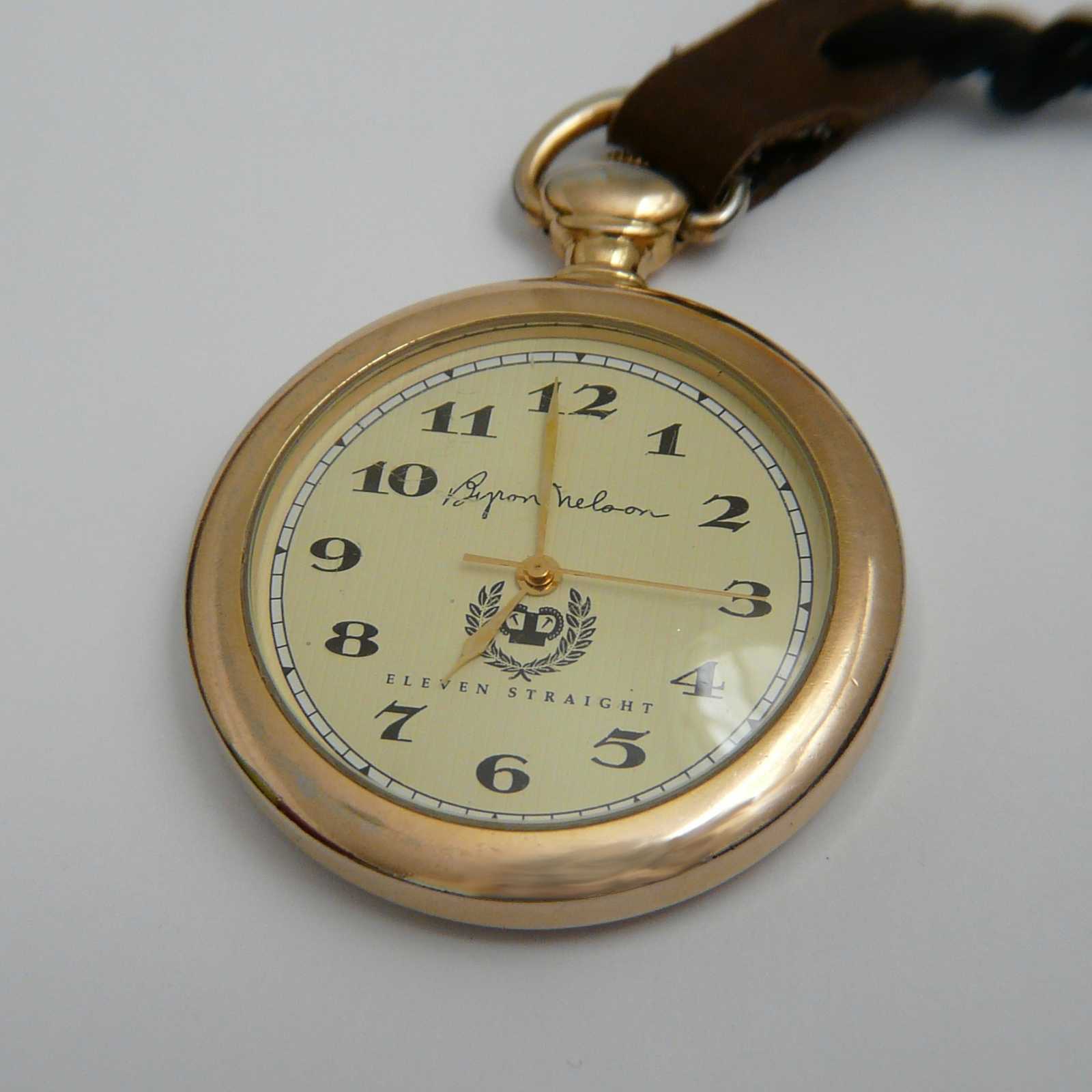 pocket guido wikipedia quartz watch s train open pocketwatch approved railroad watches face collection bulova